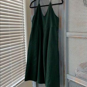 Dresses & Skirts - Hunter green formal dress